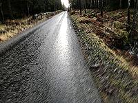 Killin - Lochan Breaclaich. Few cars on the route