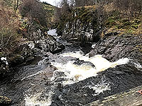 To Carn Labhruinn. From the wee bridge