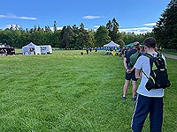 Gallus Running  : The line up to the signing in tent