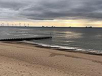 Run along Aberdeen beach