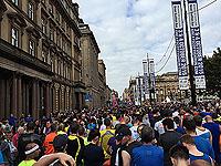 Start line of Glasgow half marathon