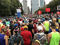 Runners at the start line for the Chicago marathon